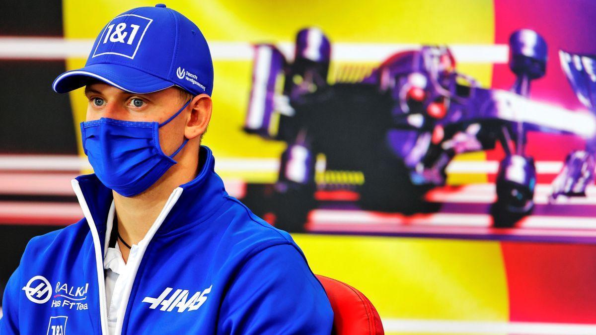 Mick Schumacher, en la sala de prensa del circuito belga Spa-Francorchamps.