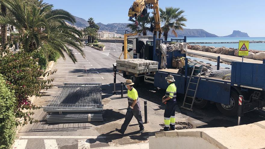 Altea inicia la obras del Frente Litoral y cierra el aparcamiento de primera línea