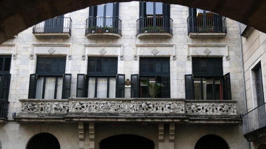 L'Ajuntament de Girona, pioner a donar permís a empleades amb molèsties menstruals