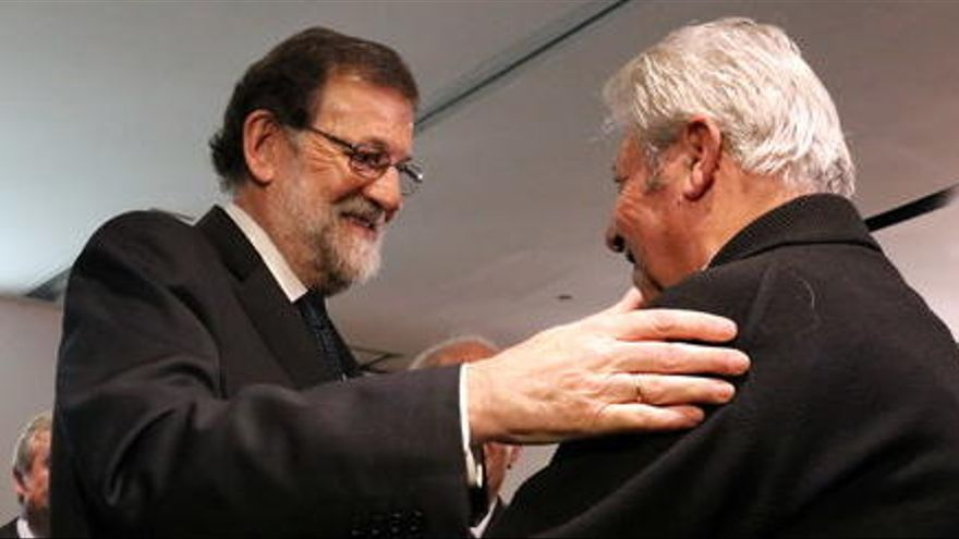 Rajoy reivindica la «pluralitat» i crida els catalans a deixar enrere els «greuges»