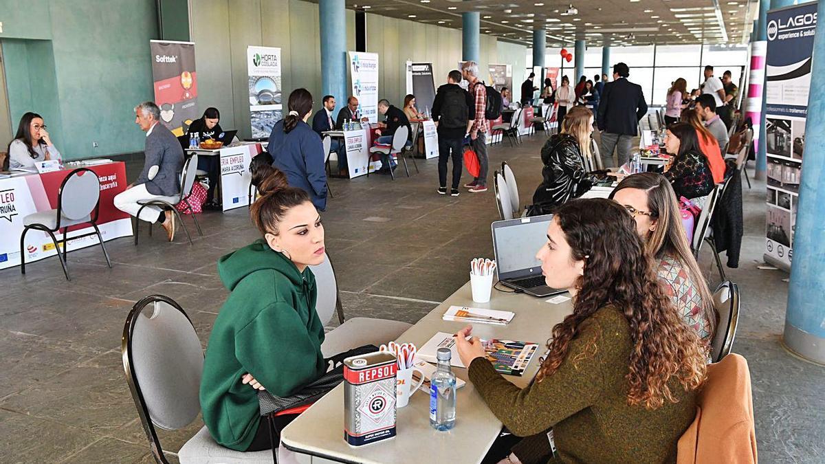 Feria de empleo organizada en Palexco en 2019.   | // VÍCTOR ECHAVE