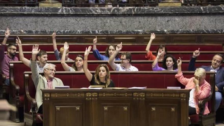 València exige al Estado soterrar las vías del Grao pero se ofrece a pagar una parte