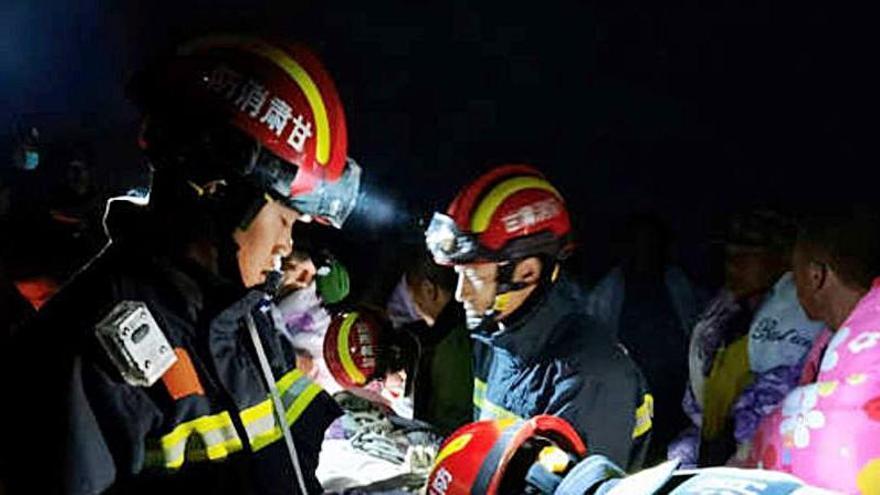 Mueren de frío al menos 21 corredores en una carrera en China