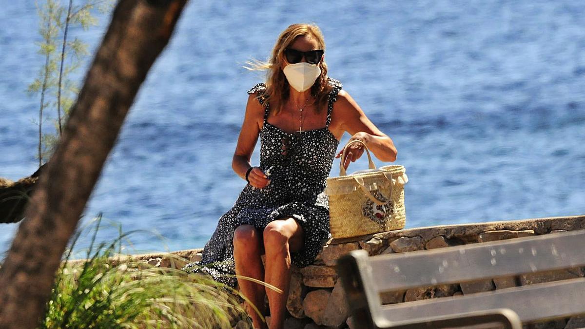 Ana Obregón en la Costa dels Pins en julio de 2020, una semana después de fallecer su hijo.   A.V.