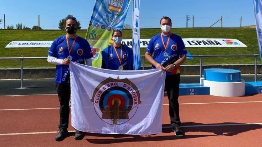 Siete medallas para Ibiza en el Gran Premio de Lleida de tiro con arco