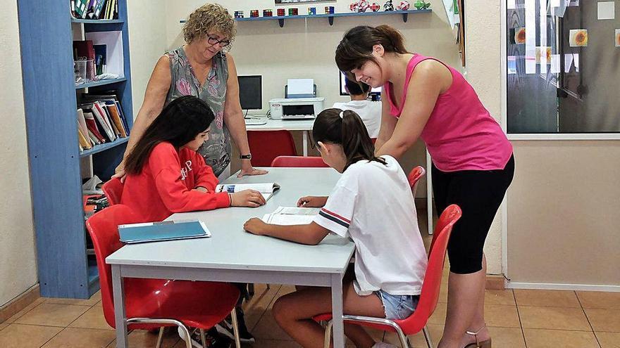 Classes de reforç a l'Acadèmia Fita per  Primària, ESO, Cicles i Batxillerat