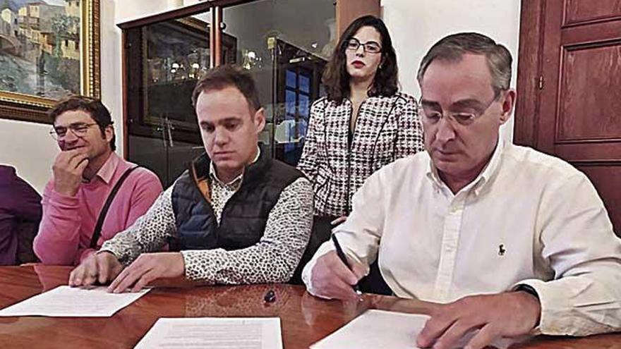 Sóller sella el pacto de gobierno con El Pi