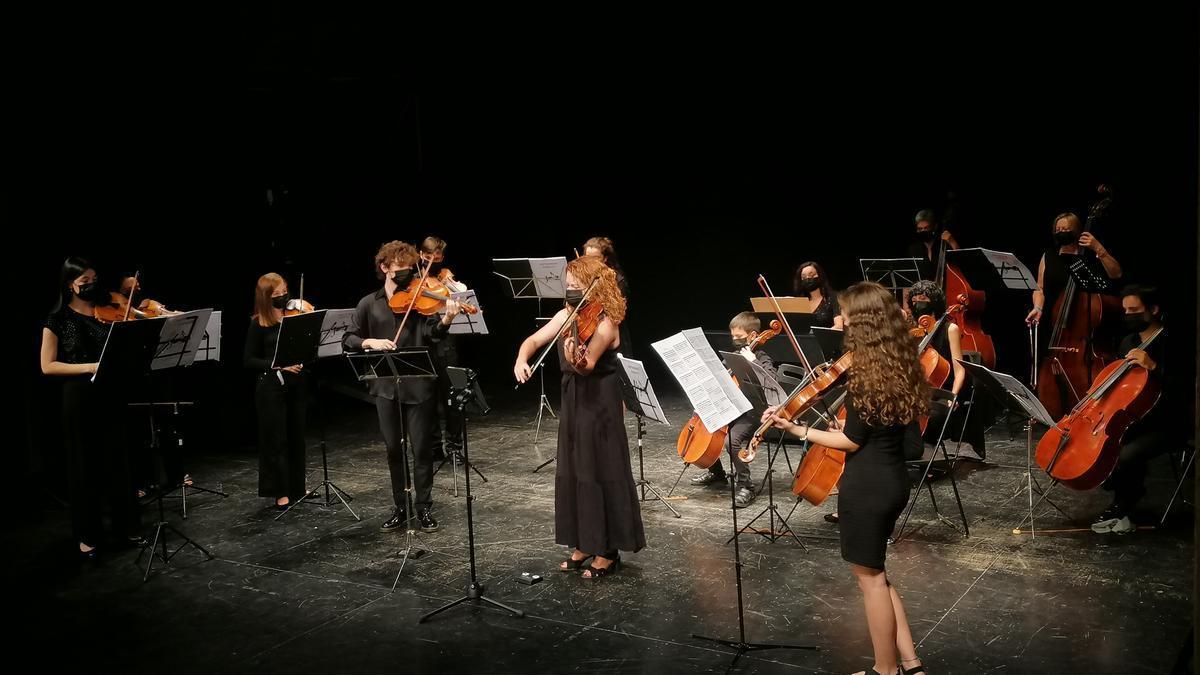 La Joven Orquesta Sinfónica de Zamora interpreta una de las obras elegidas para el concierto