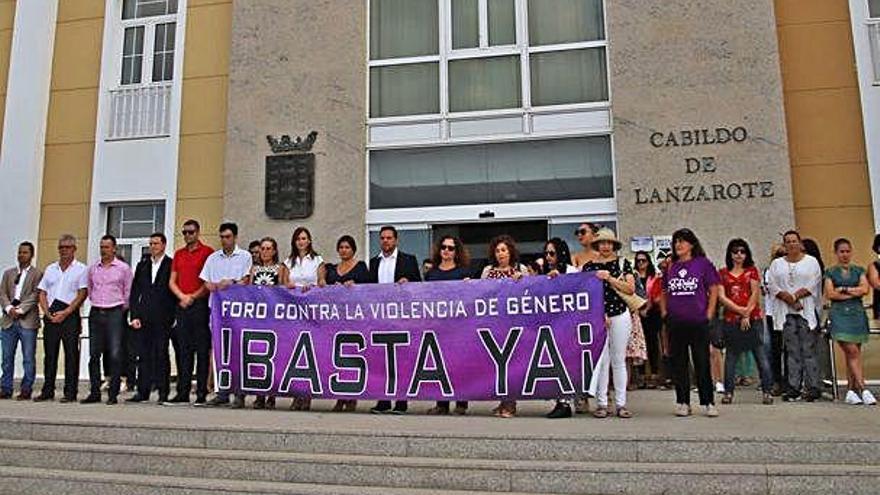 Minuto de silencio en memoria de la joven Romina Celeste Núñez