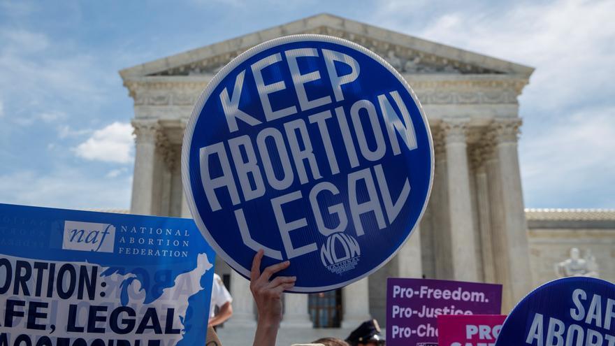 La Administración Biden se enfrenta a Texas por el veto al aborto