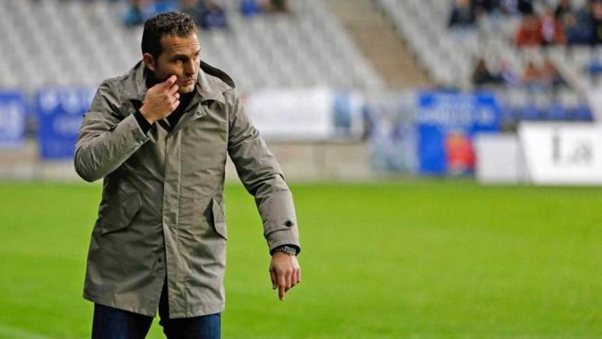 Rubén Baraja ya está en Gijón y dirigirá hoy el entrenamiento del Sporting