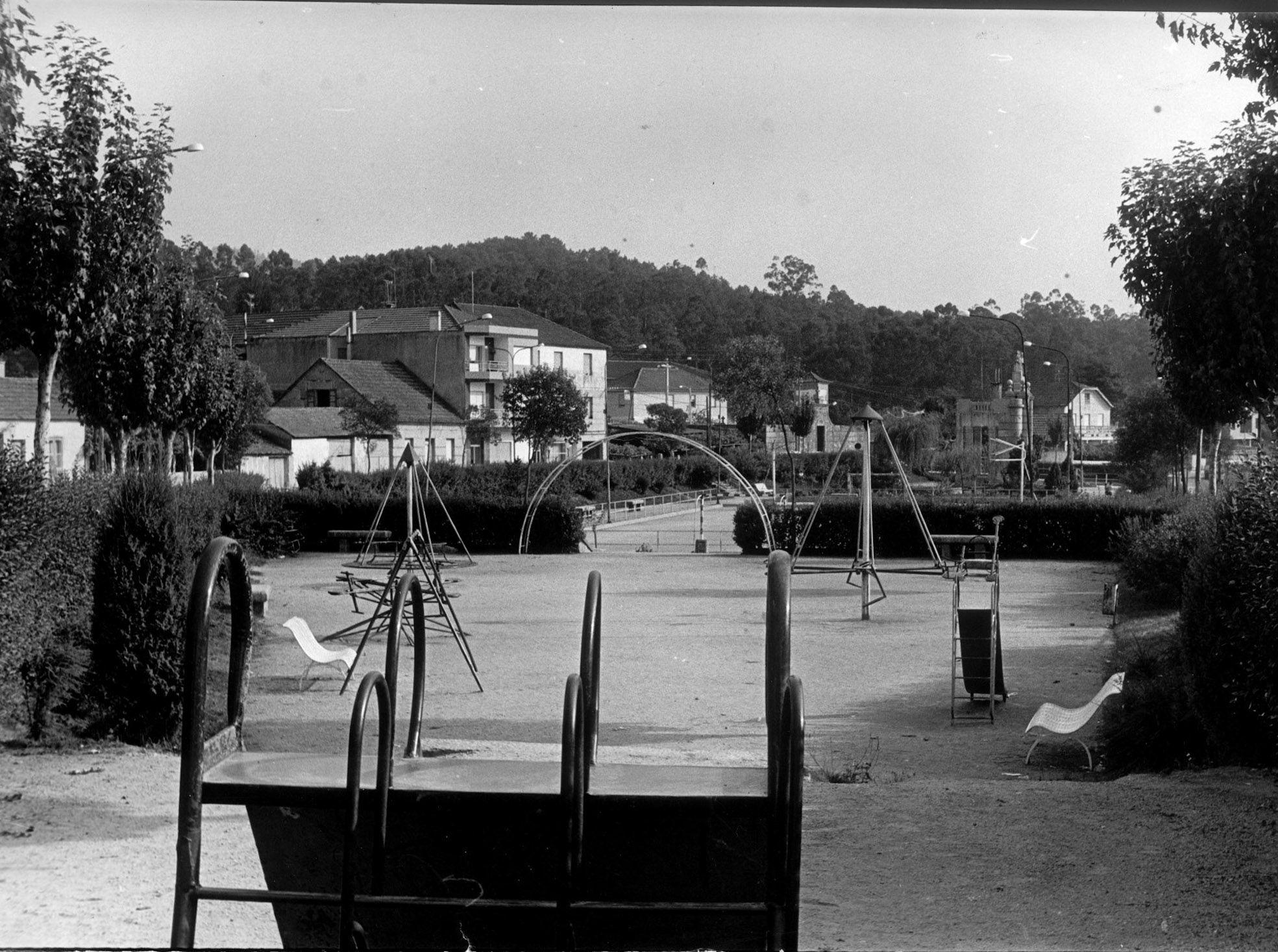 Parque infantil de O Porri�o Magar.jpg