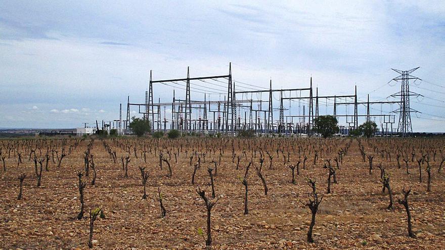 """Ecologistas alerta de la """"amenaza"""" que para la vega de Toro suponen las plantas solares"""