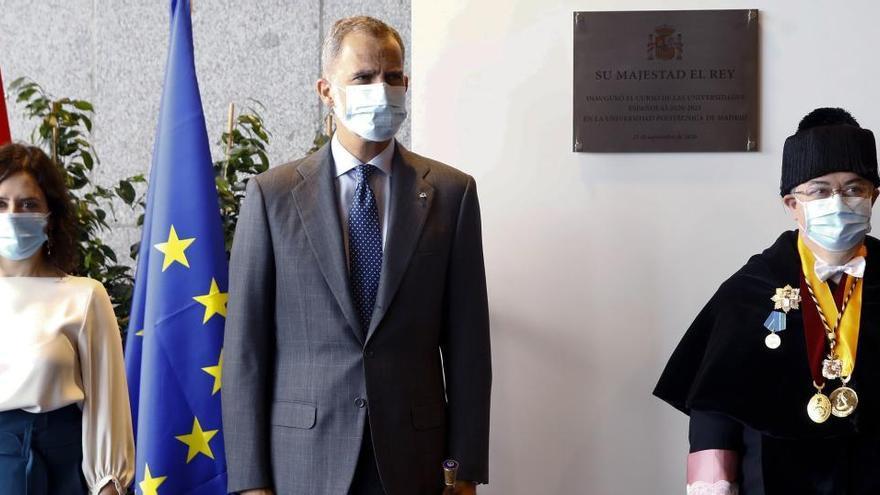 """El Rey elogia """"el gran esfuerzo"""" de la universidad para adaptarse a la pandemia"""