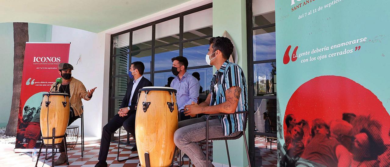 La presentación de Iconos, la semana Lgtbi de Sant Antoni, se llevó a cabo en el establecimiento hotelero Cubanito Ibiza Suites.  |  J.A. RIERA