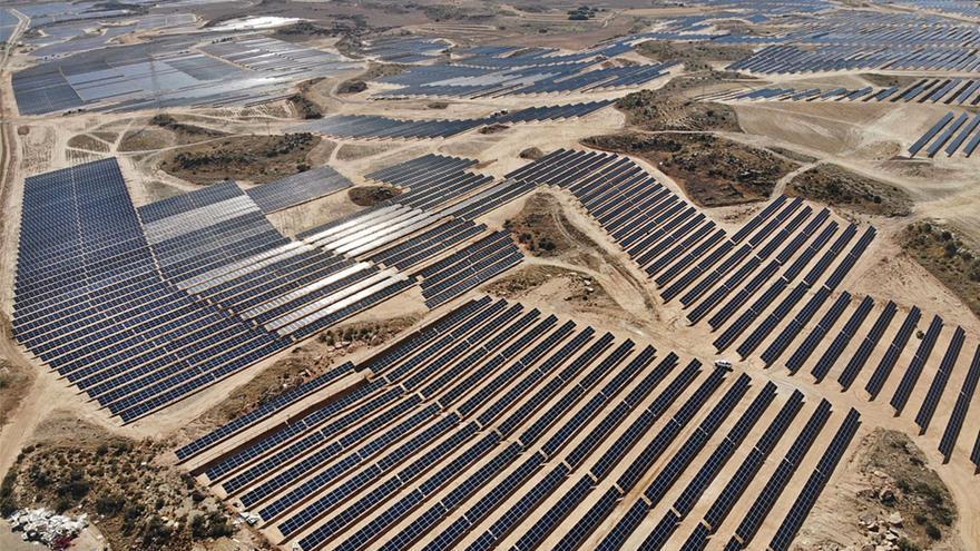 El alcalde de Tarazona pide responsabilidad a los grupos para no torpedear un proyecto fotovoltaico