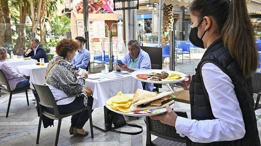 Las carnes y los cereales forman parte del 40% de los platos que sirven los bares y restaurantes de Elche