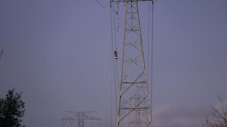 Endesa detecta a Bàscara una torre malmesa pel temporal