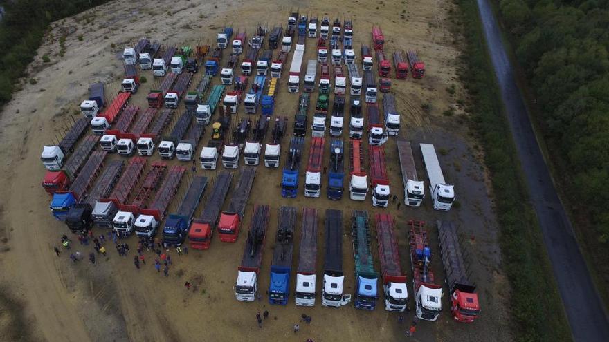 La caravana de camiones en defensa de la prórroga de Ence llega mañana a Madrid