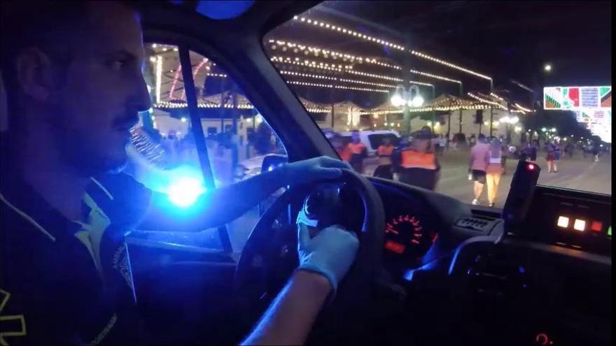 Una noche con los servicios de emergencias en el Real de la Feria de Málaga 2019
