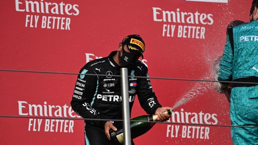 Hamilton impone su ley en Imola y da el título de constructores a Mercedes