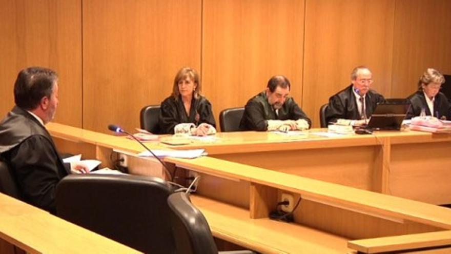 El Principado pide libertad provisionial para Riopedre y Otero