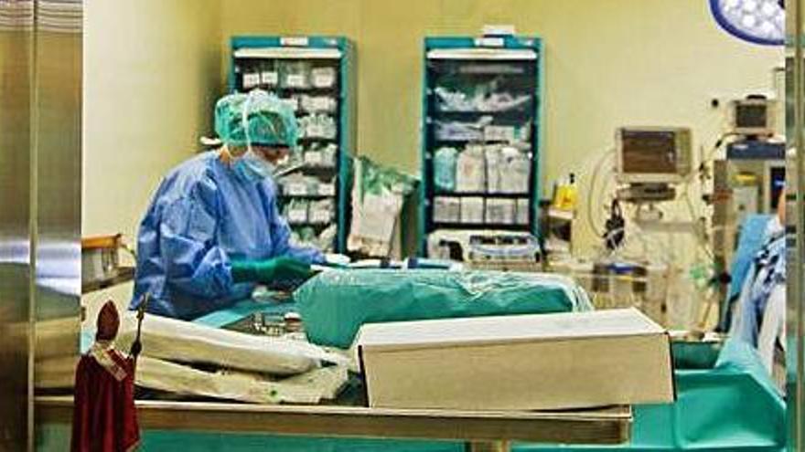 El Hospital Can Misses de Ibiza sólo hará operaciones urgentes, preferentes, oncológicas y ambulatorias ante el aumento de ingresos por covid