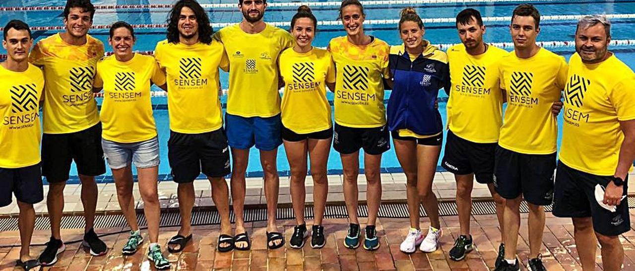 Integrantes del Club Trencaones de Alzira. | LEVANTE-EMV