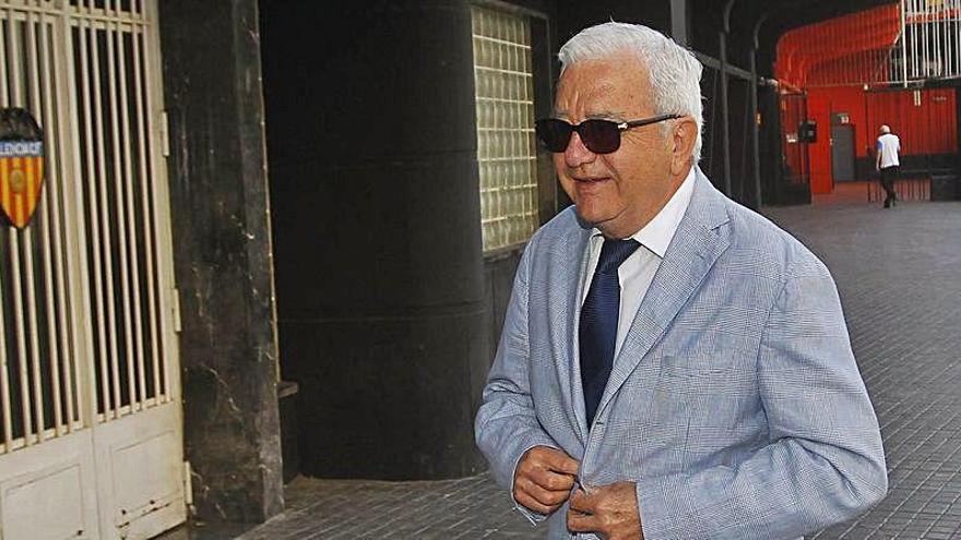 """Paco Roig: """"Habría que dejar de ir a Mestalla hasta que se vaya Lim"""""""