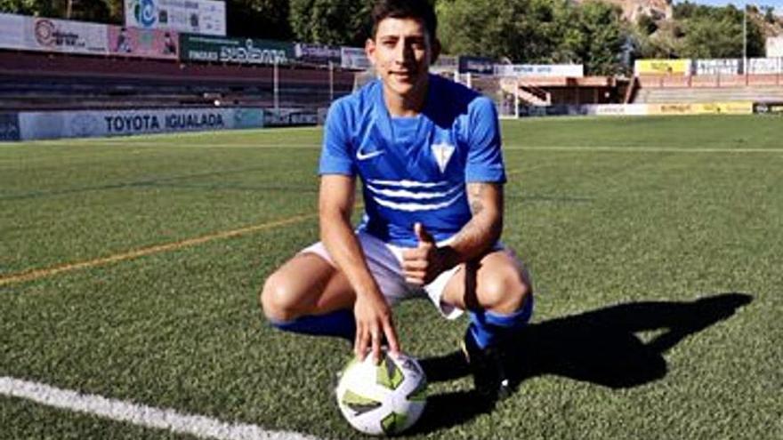 El CF Igualada fitxa Jonny Vinasco i renova Romans i Pedro J. Calvo