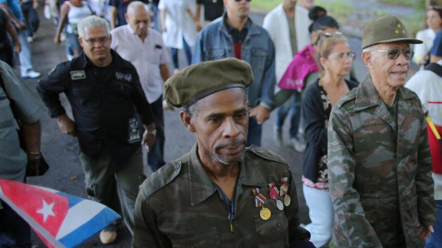 Los cubanos empiezan a despedirse de Fidel Castro