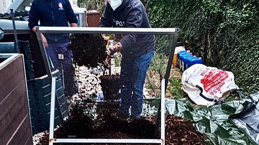 Tàrbena recoge 300 kilos de materia orgánica a la semana para crear «compost»