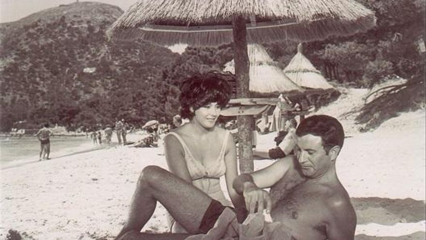Arturo y el bikini mallorquín que hizo historia