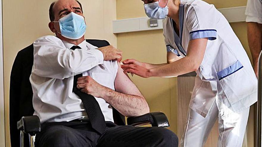 La autopsia de la profesora fallecida apunta a que no tuvo que ver con la vacuna