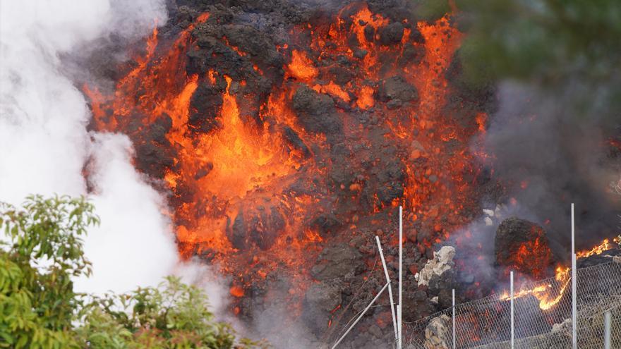 Directo | La lava avanza más lenta y una colada se ensancha hasta más de 500 metros