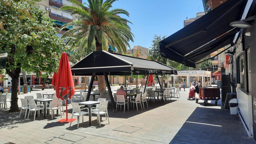 Los bares de Alcantarilla podrán mantener ampliado el espacio de terraza hasta el 30 de septiembre