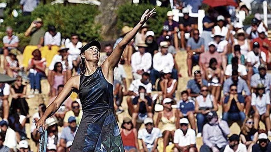 Kerber y Sharapova ganan sus partidos y se enfrentan hoy en el Mallorca Open