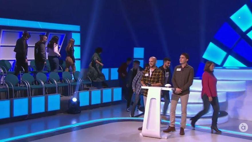 El público del programa de Eugeni Alemany en À Punt, 'a la fuga' en pleno directo