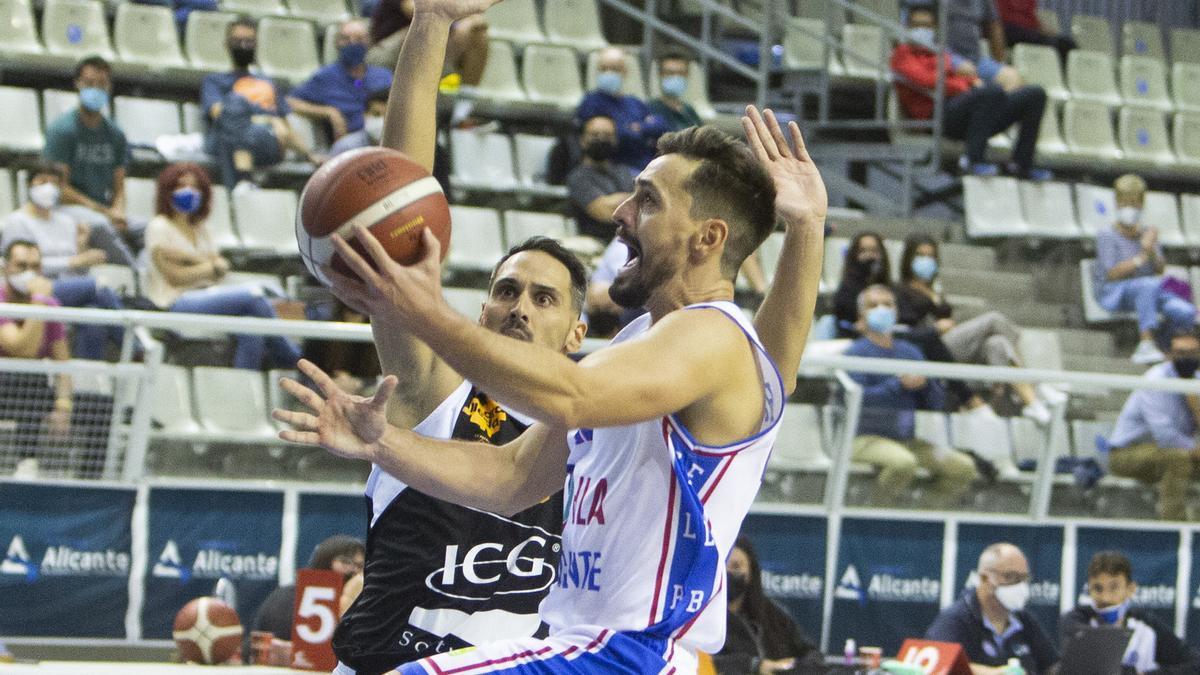 Huertas durante el partido ante el Lleida