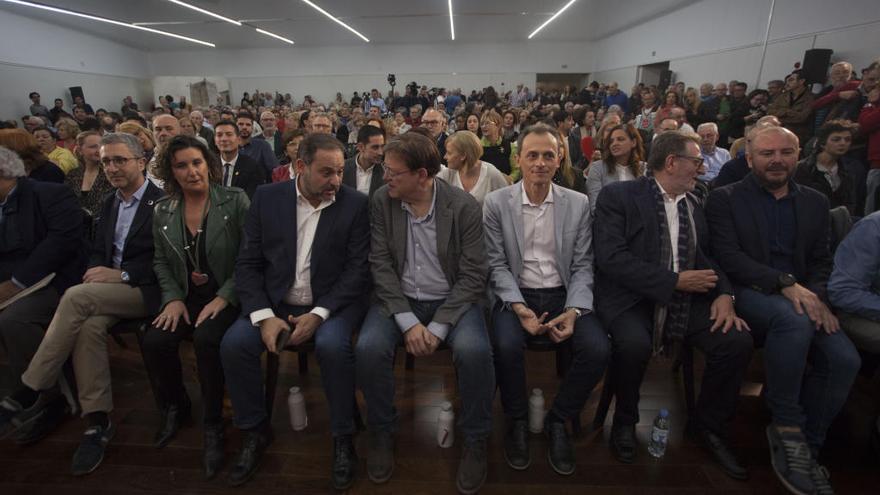 Pedro Duque deja el escaño en el Congreso y Ábalos lo retiene