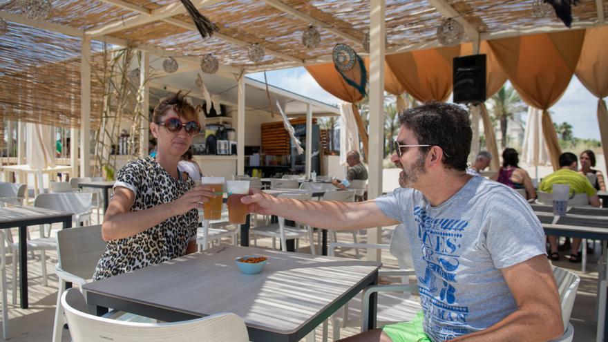 Ya puedes disfrutar de los chiringuitos en las playas de Castelló