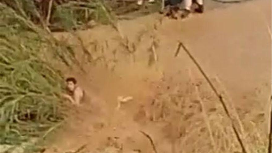 Rescatan a una mujer en Cheste atrapada por las lluvias