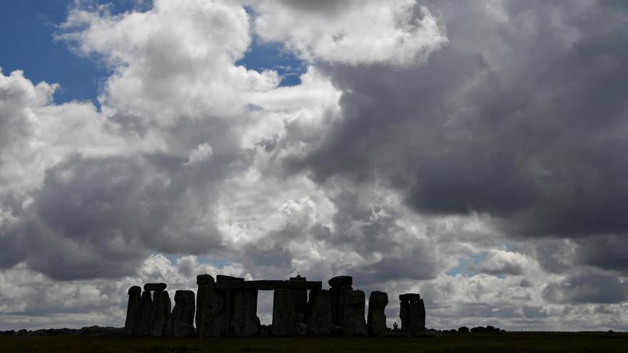 Hallan un anillo prehistórico cerca de Stonehenge