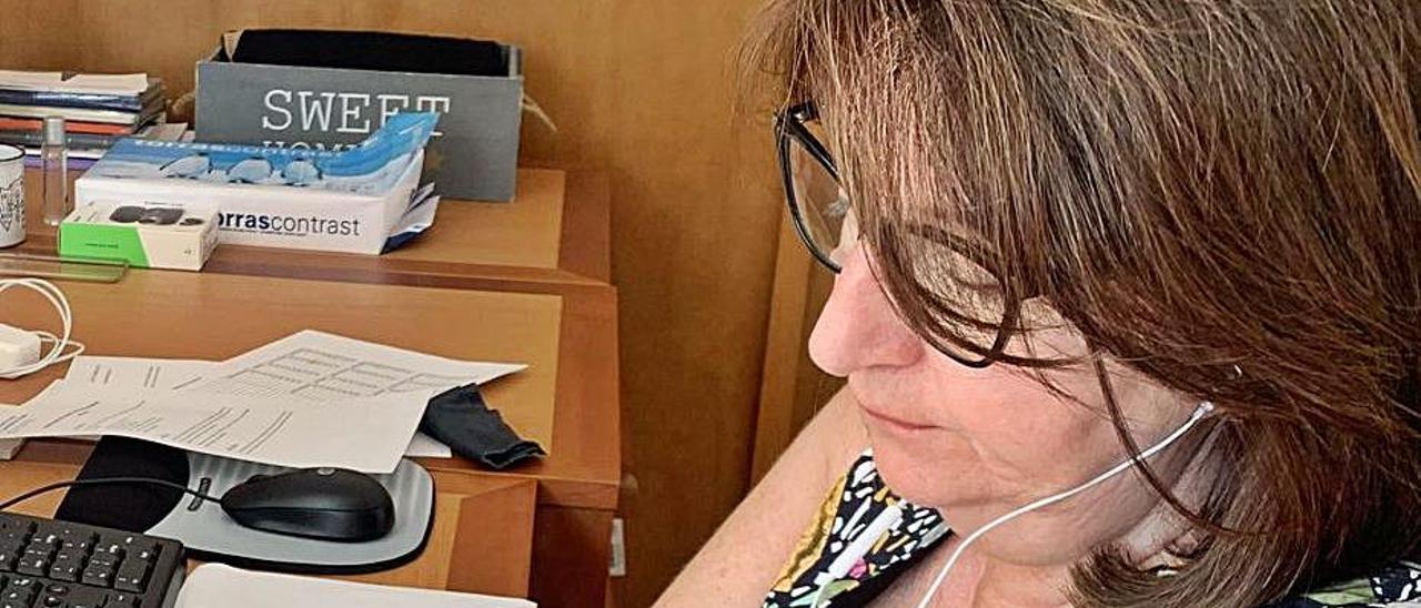 La rectora durante el Consejo de Gobierno online.   INFORMACIÓN