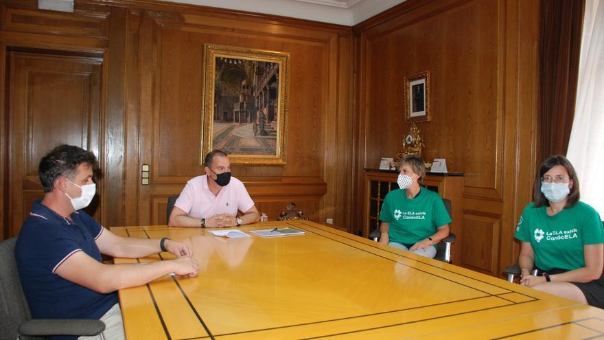 La Diputación de Zamora abre sus puertas a los afectados por ELA