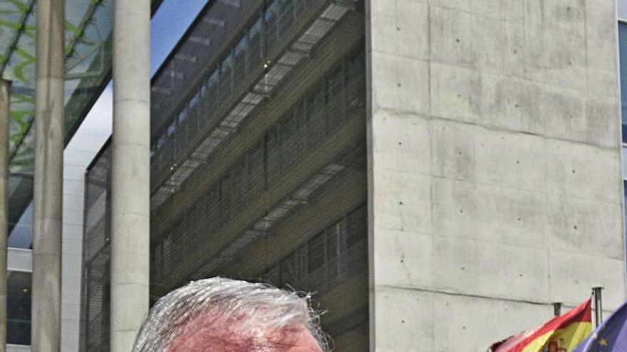 La magistrada exculpa a Valcárcel en la gestación de la desaladora