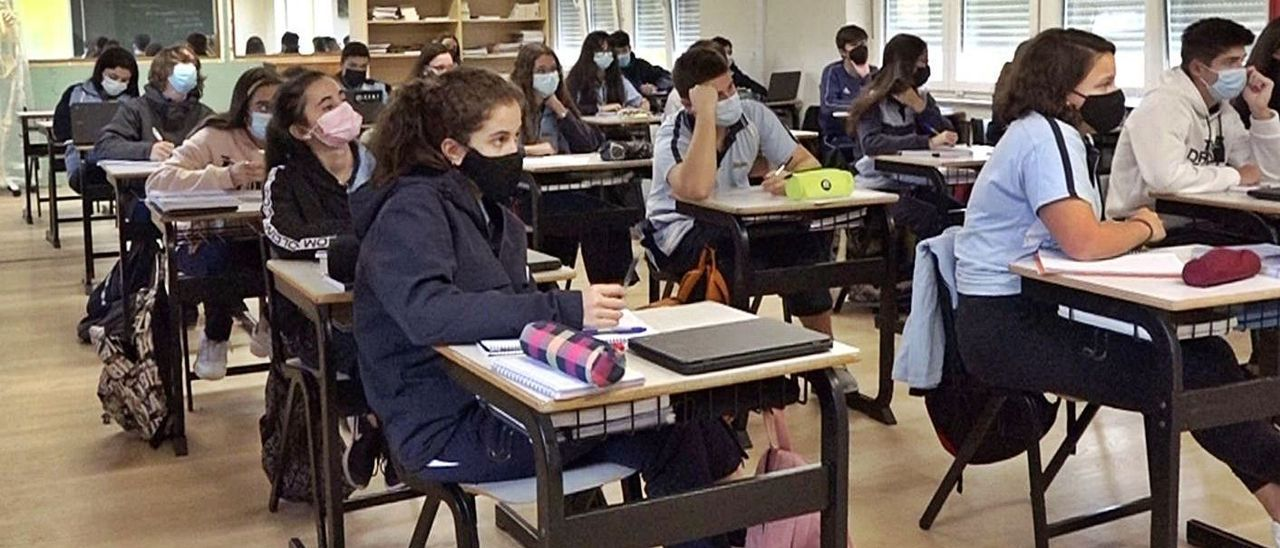 Una de las aulas renovadas que permiten la vuelta a clase del alumnado de Bachillerato del San Fernando.