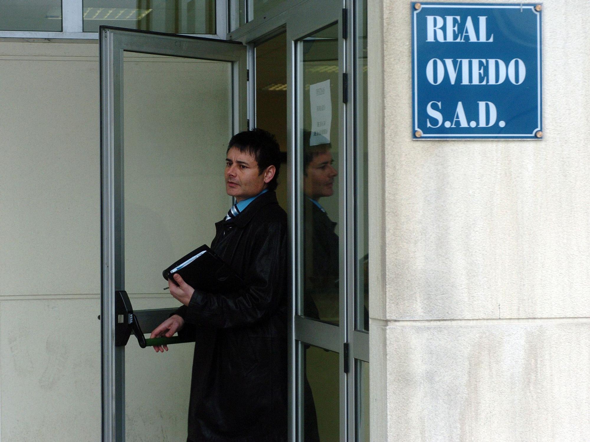 Antonio Rivas y el Oviedo, una vida en imágenes