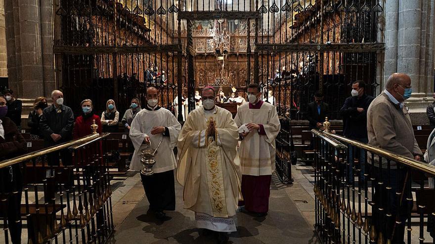 """El obispo de Zamora invita a """"vivir la resurrección, que es el gozo de la Iglesia"""""""