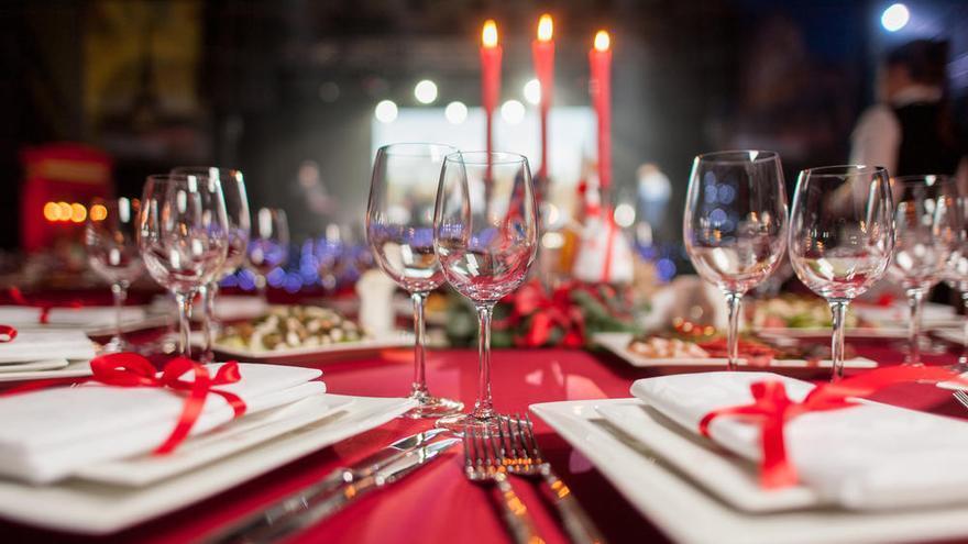 Un pueblo organiza cenas de Nochebuena y Nochevieja para que nadie esté solo